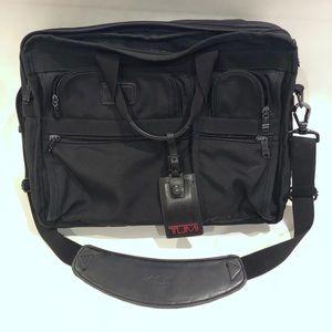 💼TUMI T-PASS LAPTOP BRIEF BAG 2621D3